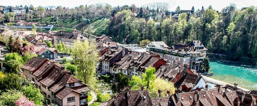 27296757-old-town-in-Bern-Switzerland-Stock-Photo-bern-crop.jpg