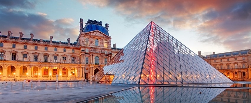 Secrets of Louvre 1-crop.jpg