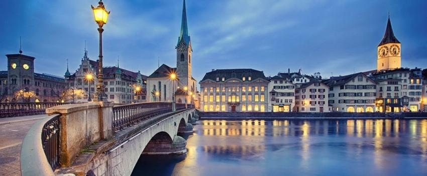 Zurich-Old-town-1200x800-crop.jpg