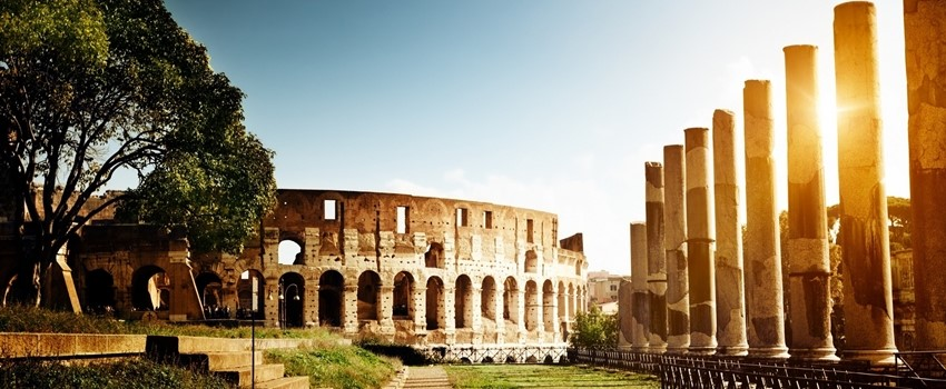 Rome-Italy-Colosseum-Light-Coliseum-Flavian-Amphitheatre-Ruins-Day-View-WallpapersByte-com-3840x2160.jpg